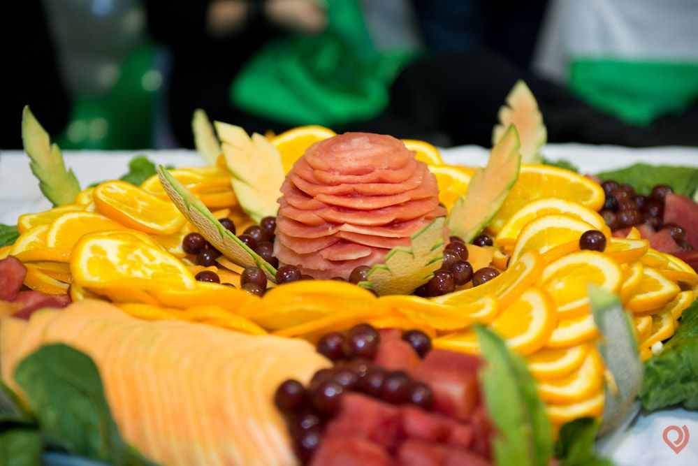 Love this lovely fruit display and it's a great treat!  Landapixelphoto.com Chicago area quinceanera photographer. 815-566-1435 photo@landapixel.com