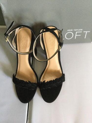 Ann Taylor Loft T Scattered Flowers Blocked Heels Black Size~6.5