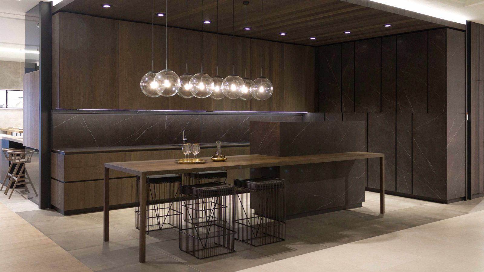 Comfort And Premium Design With The New Emotions Kitchen By Gamadecor Kitchen Kitchen Design Extractor Hood