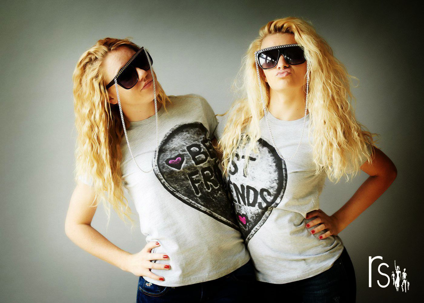 bestfriends shirt...I want this so bad words can't even begin to explain !