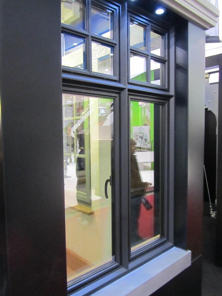 ramen beneden: woonkamer + berging? | shutters | Pinterest | Ramen ...