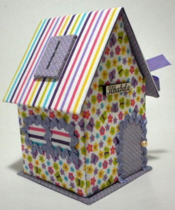 Casinha Cofre em tecido 100% algodão confeccionado à mão na técnica de Cartonagem