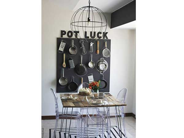 Un rangement cuisine déco même sans placards Bricolage - comment accrocher un meuble de cuisine au mur