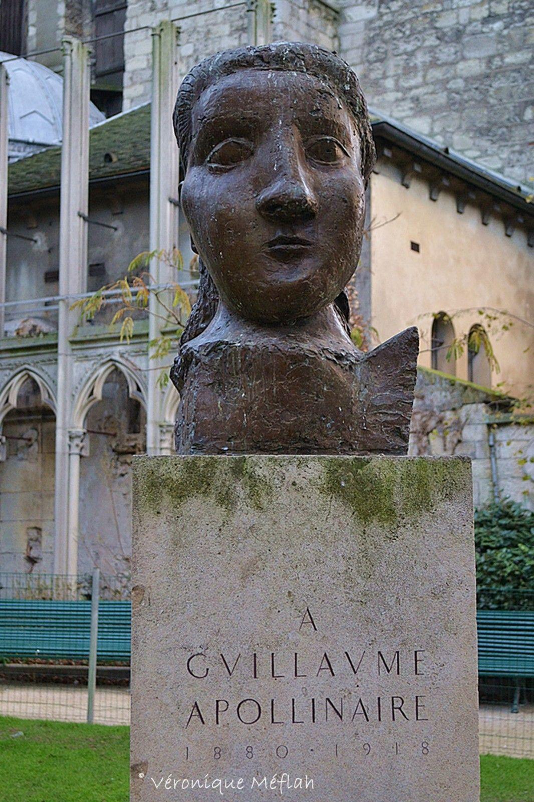 Saint Germain Des Pres Square Laurent Prache Monument A Guillaume Apollinaire Le Blog De Tititeparisienne Guillaume Apollinaire Monument Saint Germain
