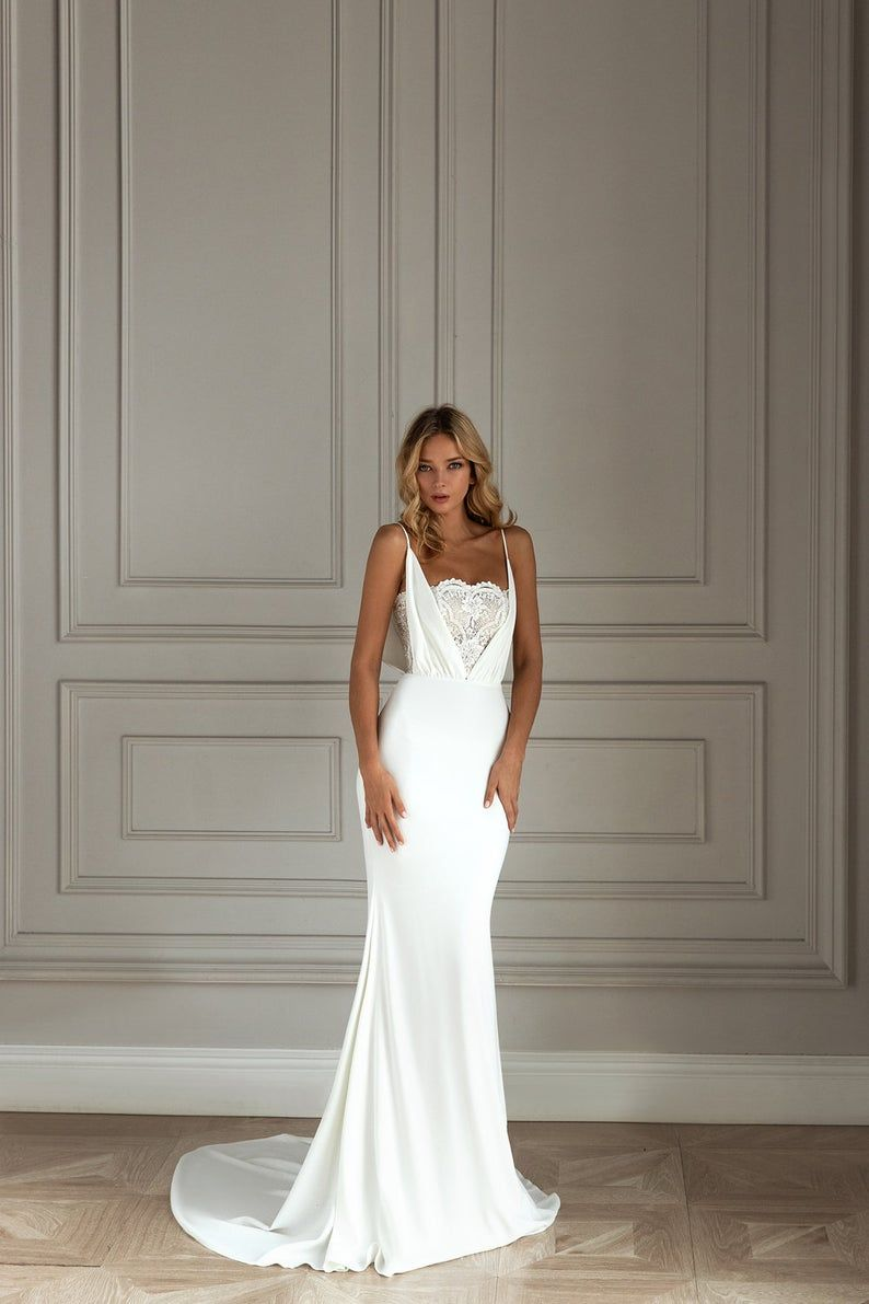Elegant Wedding Dress, Delicate Appliques Mermaid