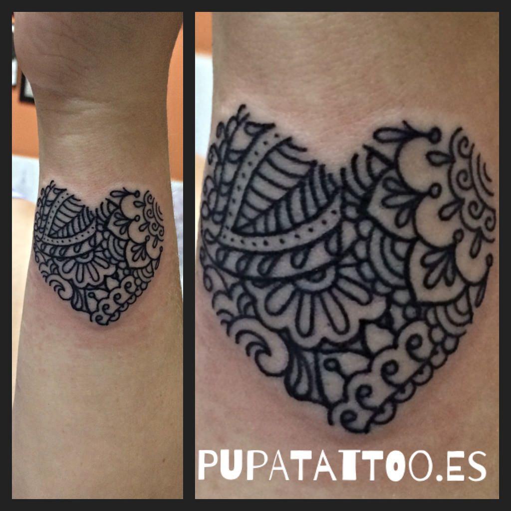 Tatuaje Corazn estilo henna Pupa Tattoo Granada Heart Hearts