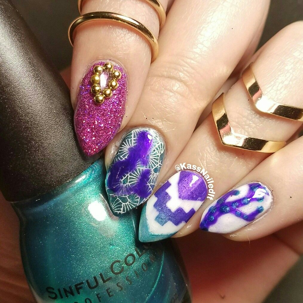 Mermaid Mani Nail Art midi rings gradient stamping & freehand ...