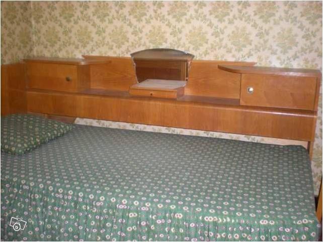 le lit classique des jeunes dans les ann es 1950 appel cosy meubles pinterest ann e. Black Bedroom Furniture Sets. Home Design Ideas