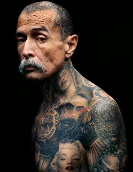 Freddy Negrete Mexican Gang Chicano Tattoos Recognizable Elements Of Cultural Groups Fotografia Tatuaggi Tatuaggio Grigio Idee Per Tatuaggi