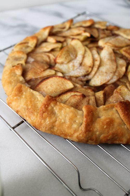 Recipe: Apple Galette — Unusually Lovely