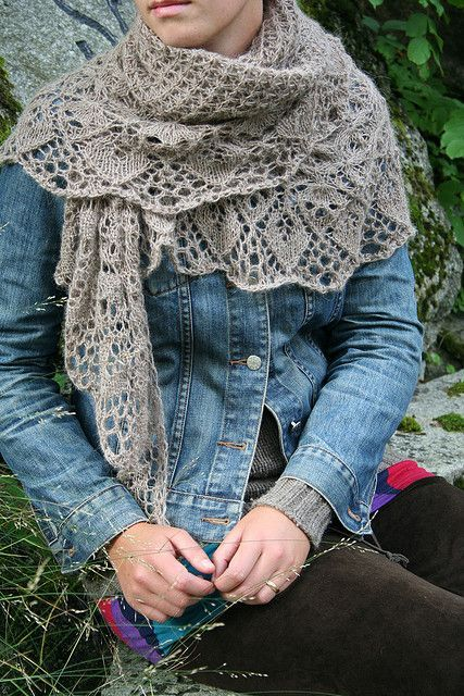Laminaria shawl, free pattern by Elizabeth Freeman | Stickat ...