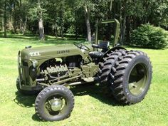 U S Army Ford 8n V 8 Tractors Old Tractors Ford Tractors