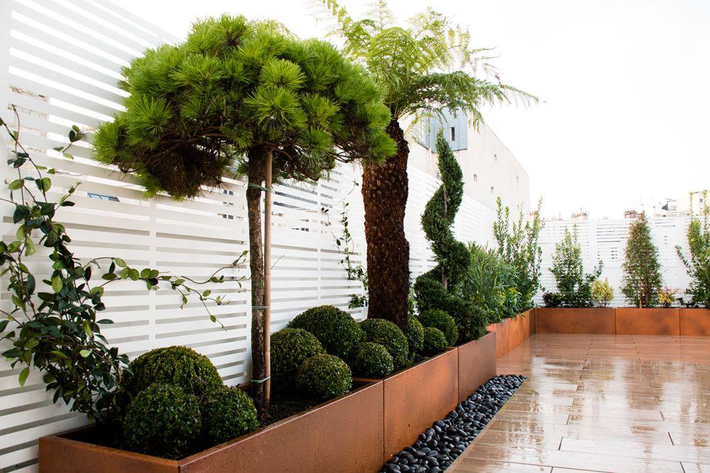 Jardinieres Bacs Pots En Aluminium Thermolaque Effet Corten Sur Mesure Brise Vue Panneaux Treillage En Aluminium D Avec Images Jardin Sur Le Toit Idees Jardin Jardins