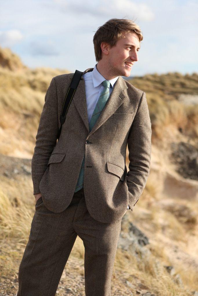 ANTA bespoke suit and Fi walker tie