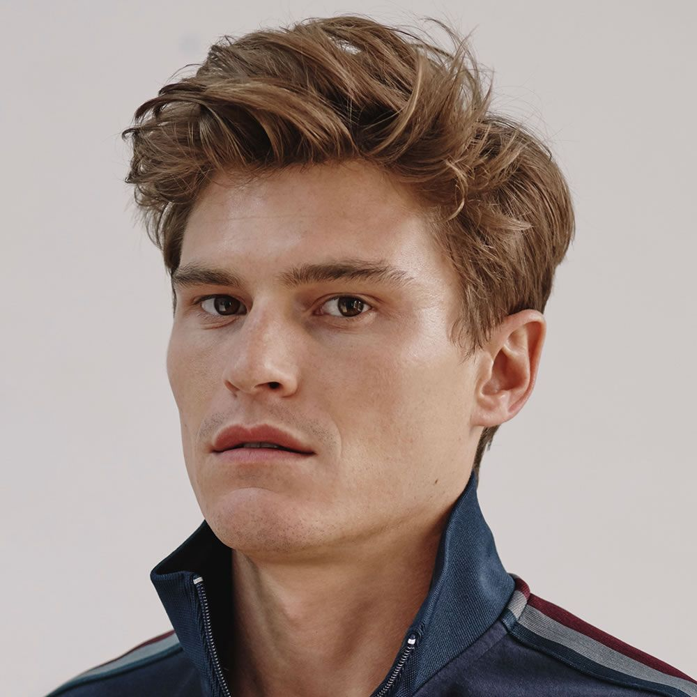 Style Your Hairs Into Waves With Top Wavy Hairstyles For Men Mens Hairstyles Quiff Quiff Hairstyles Wavy Hair Men
