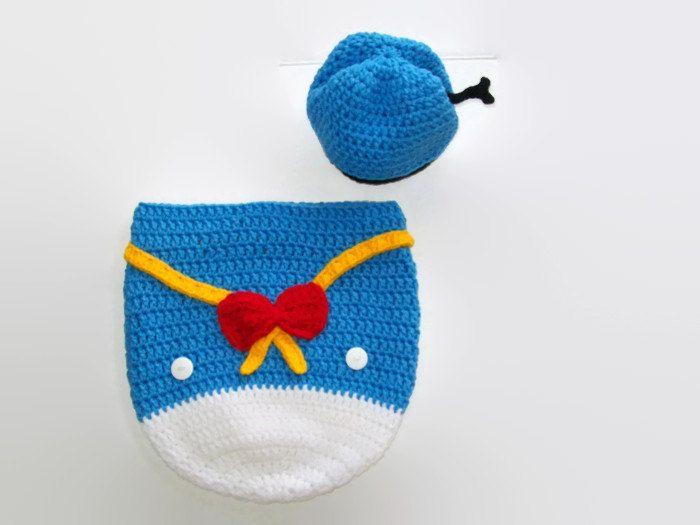 Crochet Donald Duck Pattern - Newborn duck cocoon - Baby crochet ...