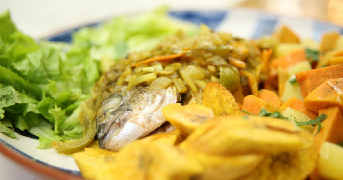 Jamaicaanse Escovitch met zoete aardappel
