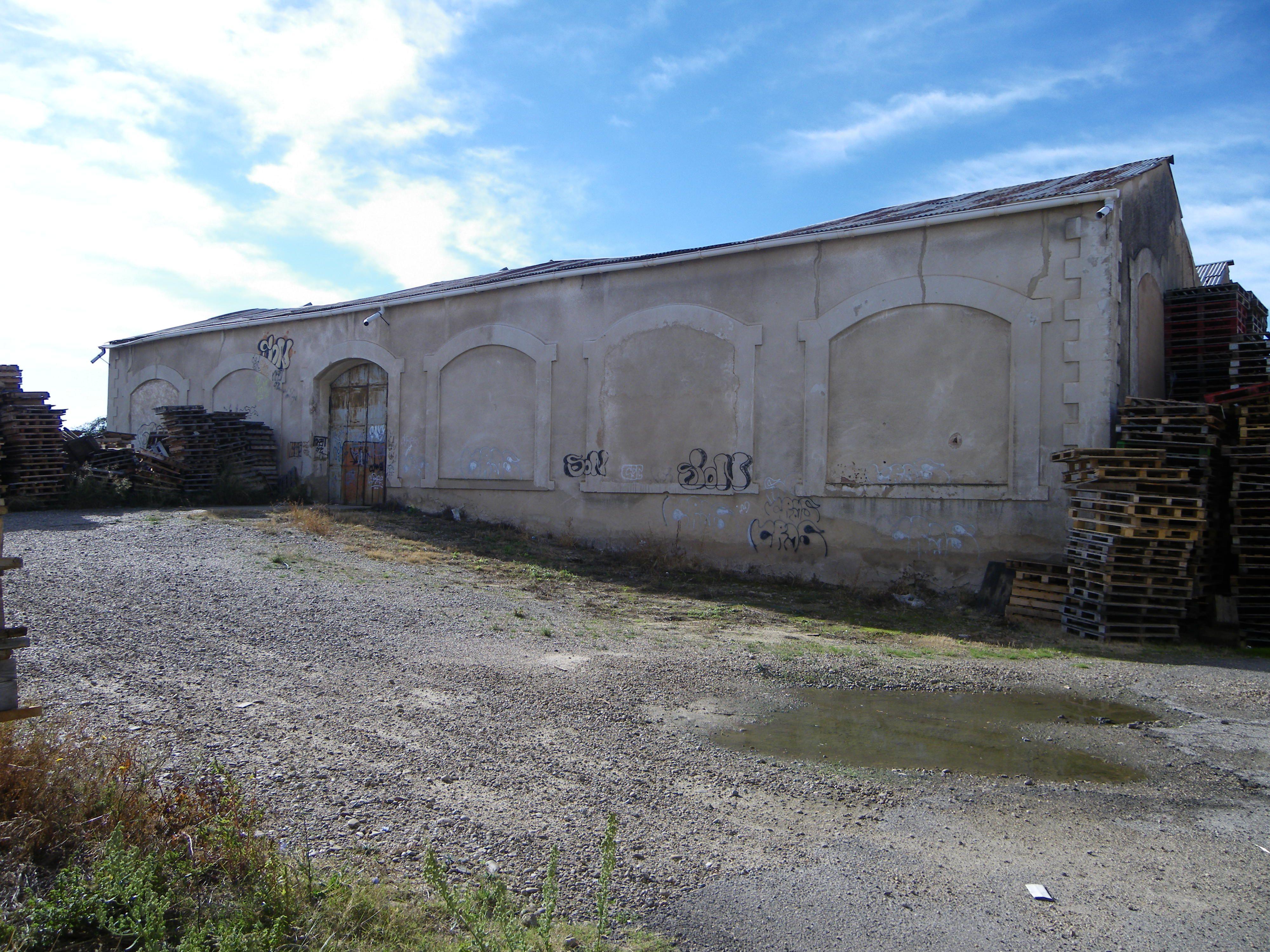 Cochera de la estación de Calahorra-Norte.