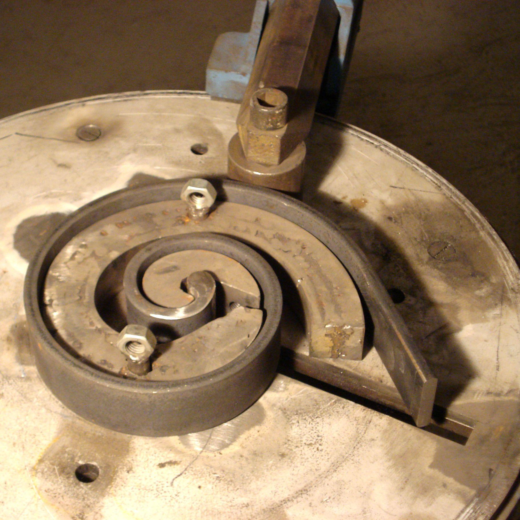 Moyens de productions machines rouleuse t le - Fait a la maison tube ...