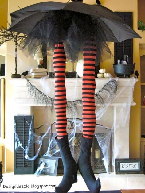 Design Dazzle: Halloween: Whimsical Witch Legs