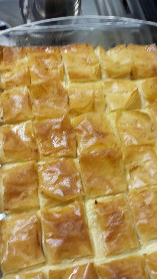 ١ طريقة عمل القشطة كاسة حليب بودرة 3كاسات ماء ربع فنجان قهوة خل او ليمون Recipes Arabic Food Desserts