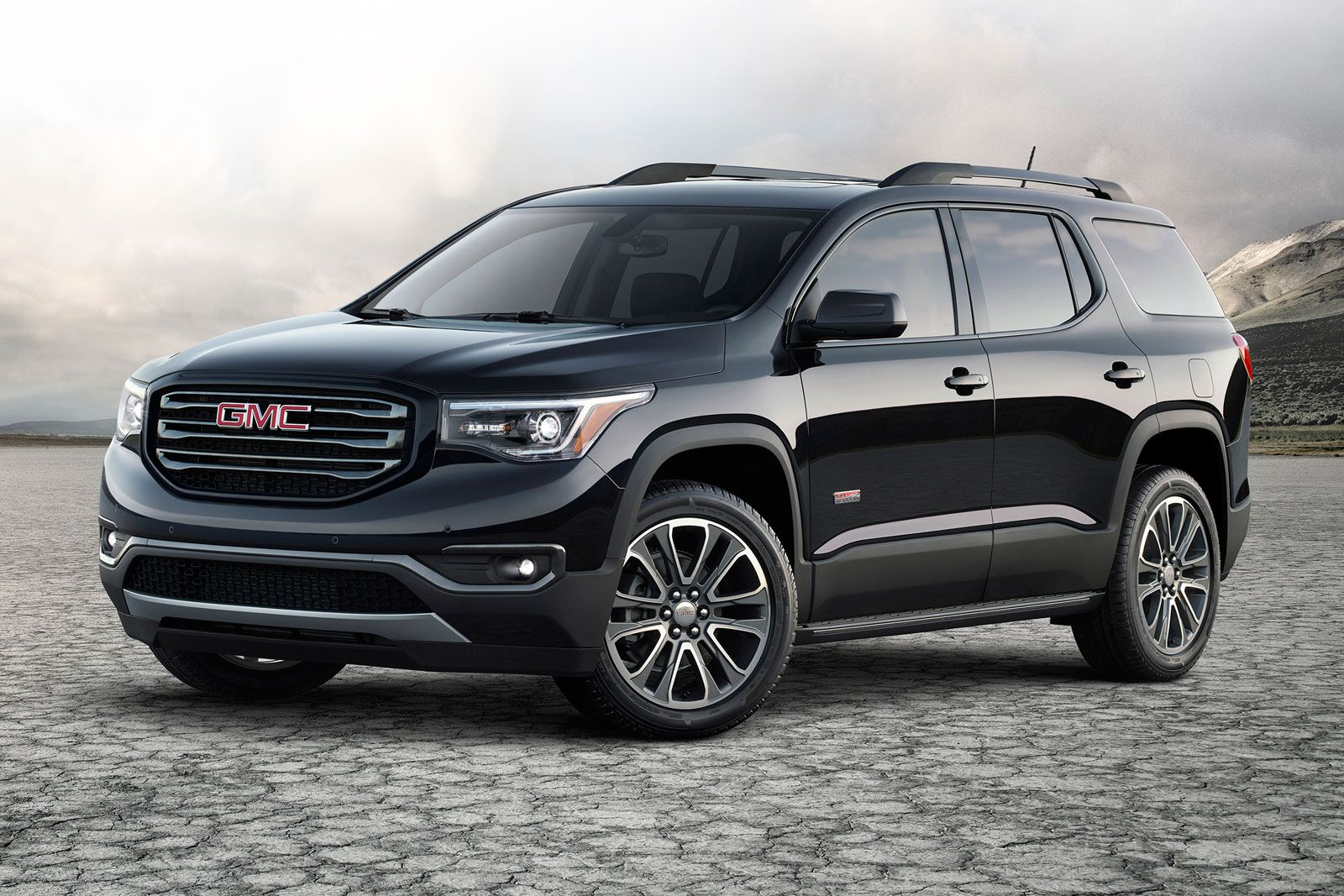 Gmc S Latest Suv Travels Farther Thanks To Glue Gmc Suv Gmc Acadia 2017 Gmc Trucks