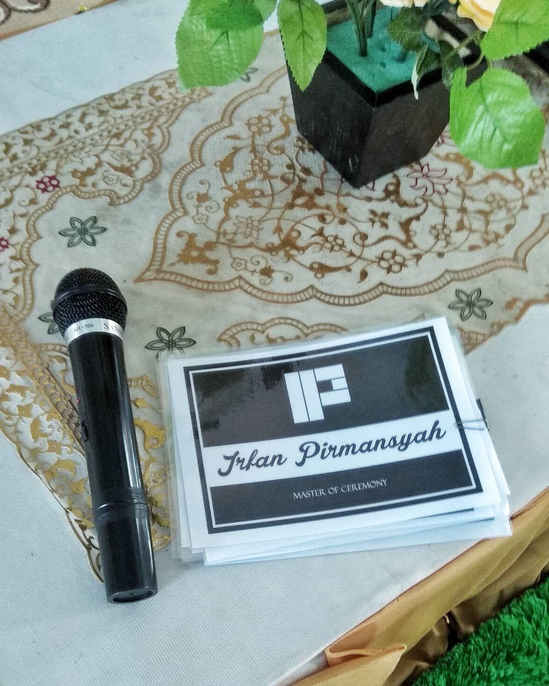 Akad nikah ga harus riweh seperti kang ahmad dan teh tari yang hanya mengundang keluarga saja bisa sah yuk akad dulu aja.. . . . Irfan Pirmansyah MC WA : click on bio . #mcwedding #mcakad #mcwalimah #weddingsyari #wedding #syari #jasamc #infomc #mcbandung #mcjakarta #weddingorganizer #weddingorganizersyari #weddingorganizerbandung  #infobandung #sunnah #salaf #akadnikah #walimatulursy #mc
