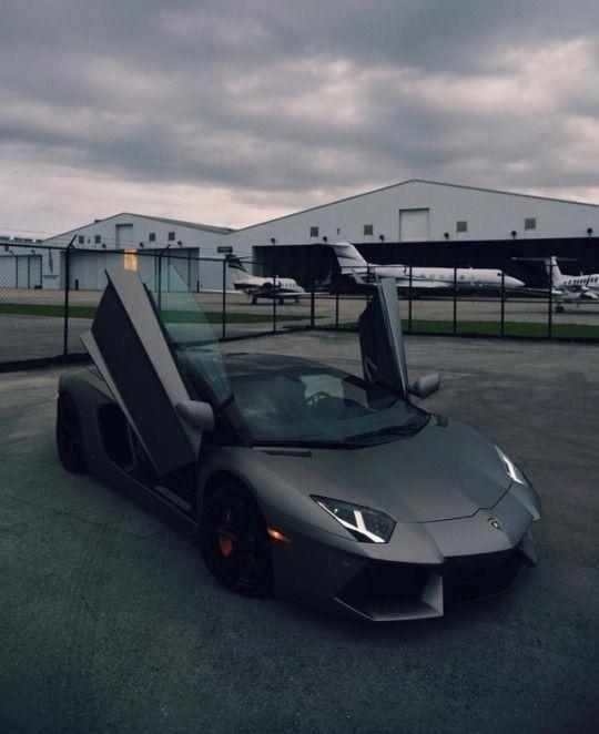 Black Lamborghini Private Airport #supercars #luxurycars #luxurylifestyle