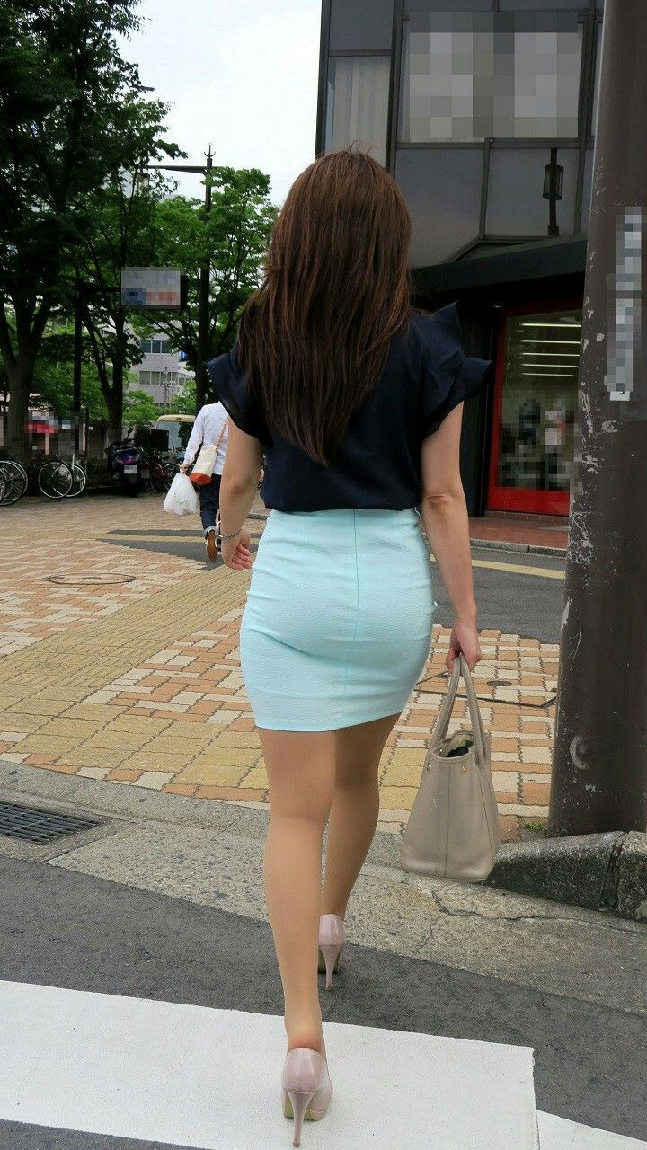 candid-asian-miniskirt-street-creepshot-curvy-free-good-porn-movies