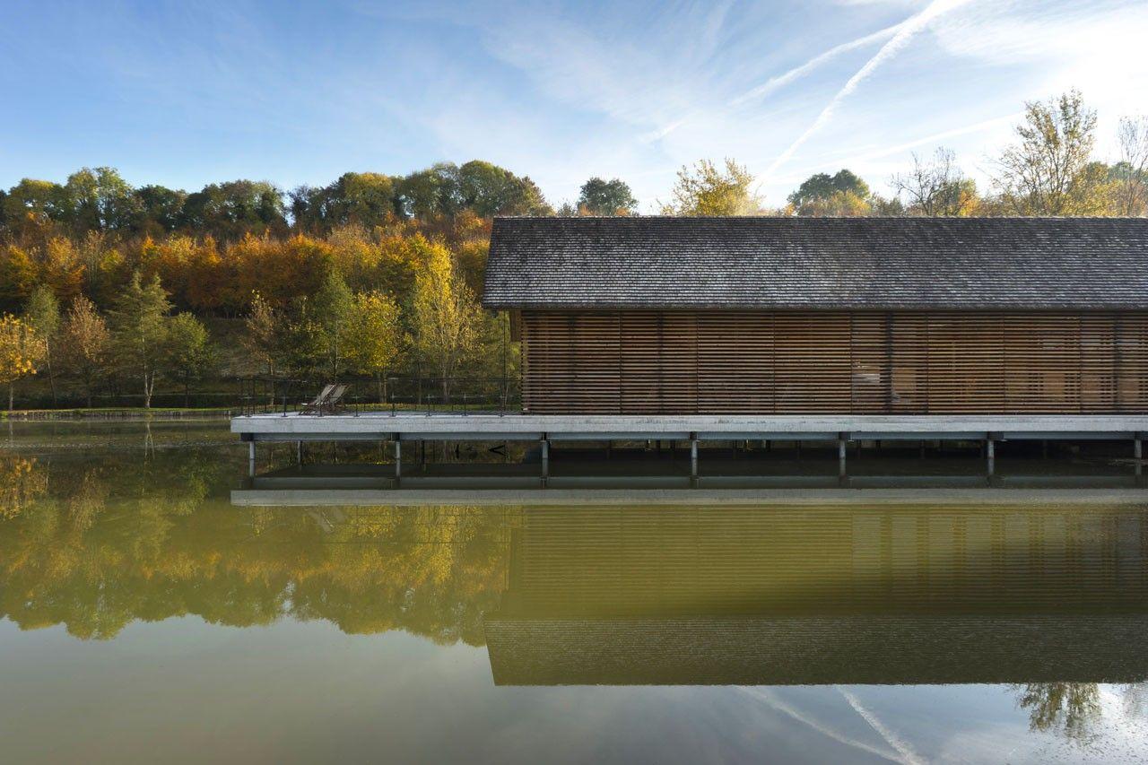 Sala conferenze sul lago