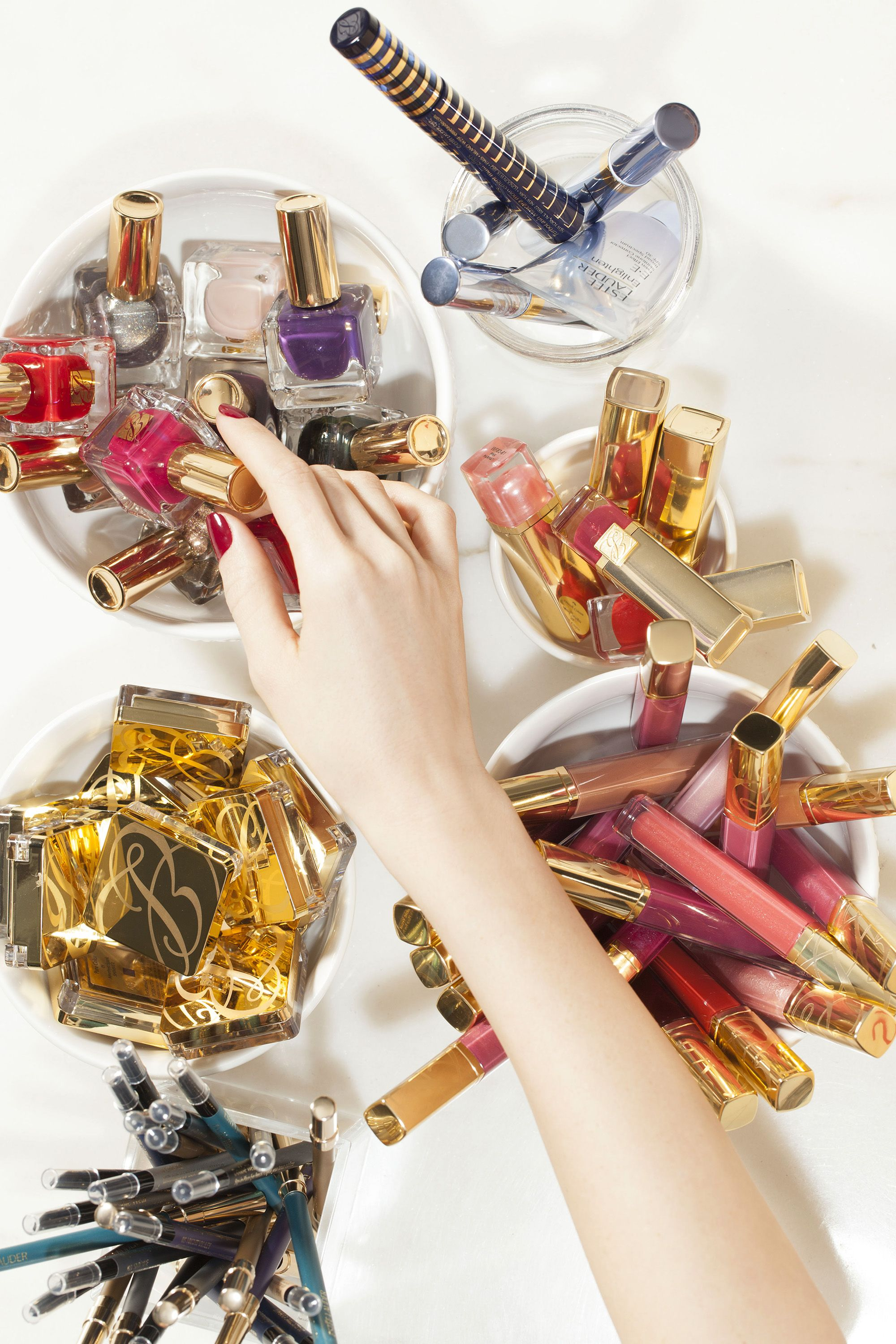 How to de clutter your beauty cabinet kendi everyday - How To Organize Your Makeup Like A Pro