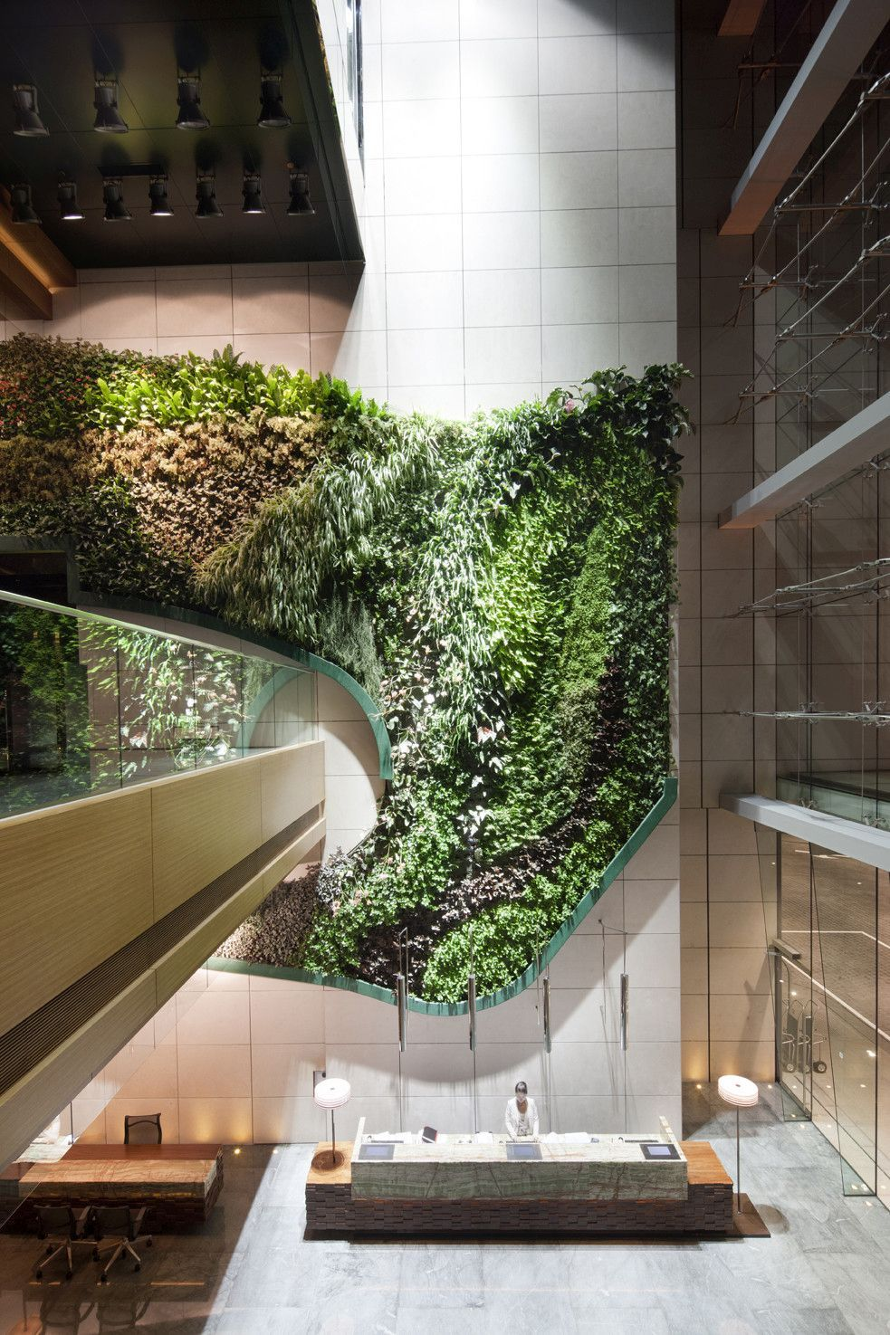 Use Green Walls To Create A Healthier Environment Indoors Or
