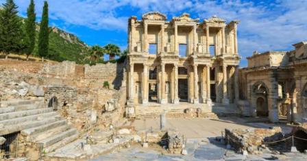 https://ejbron.wordpress.com/2016/09/06/oostenrijks-team-van-archeologen-mag-om-politieke-redenen-niet-verder-werken-in-turkije/