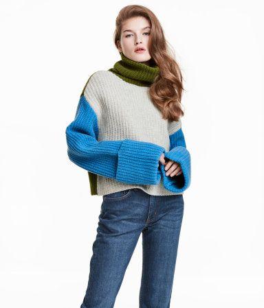 d9a7646885 Wide-cut Turtleneck Sweater