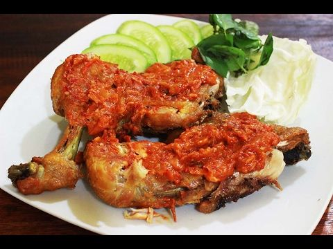 This Is The Recipe For Chicken Penyet Like The Restaurant Youtube Resep Ayam Resep Masakan Asia Resep Masakan Malaysia