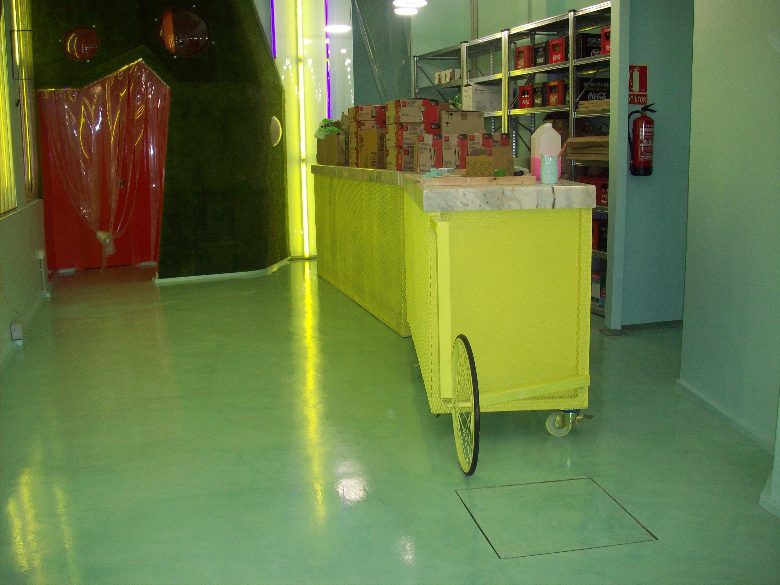 Pavinor heladeria en microcemento. #microcemento #pavimentoscontinuos