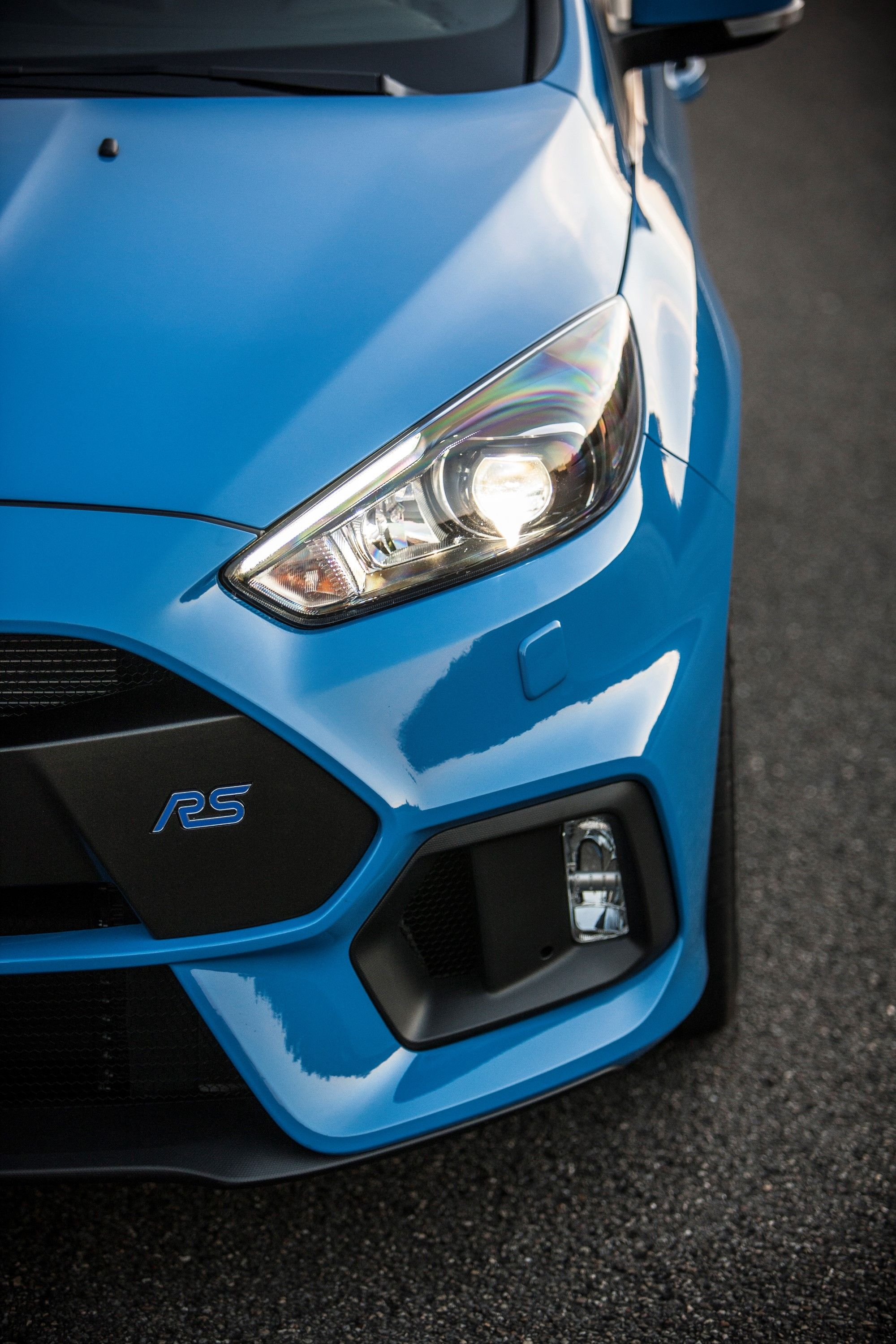 Ford Focus Rs Blue : focus, DRIVING, That's, ABOUT!, Focus, Hatchback,