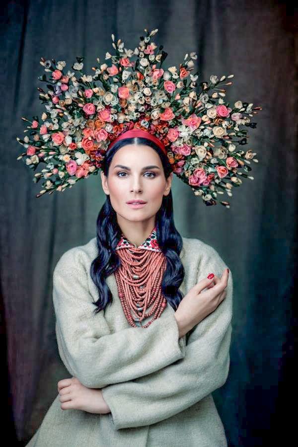 La mode Ukrainienne Mode russe, Costume ethnique et Mode