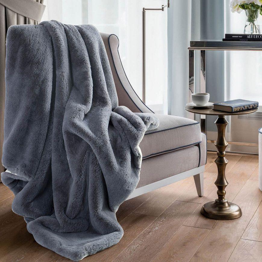 بطانية ديم خفيفة مخمل وفرو مفرد ونص رصاصي 150 180 سم Gray Blanket Blanket Blankets Throws