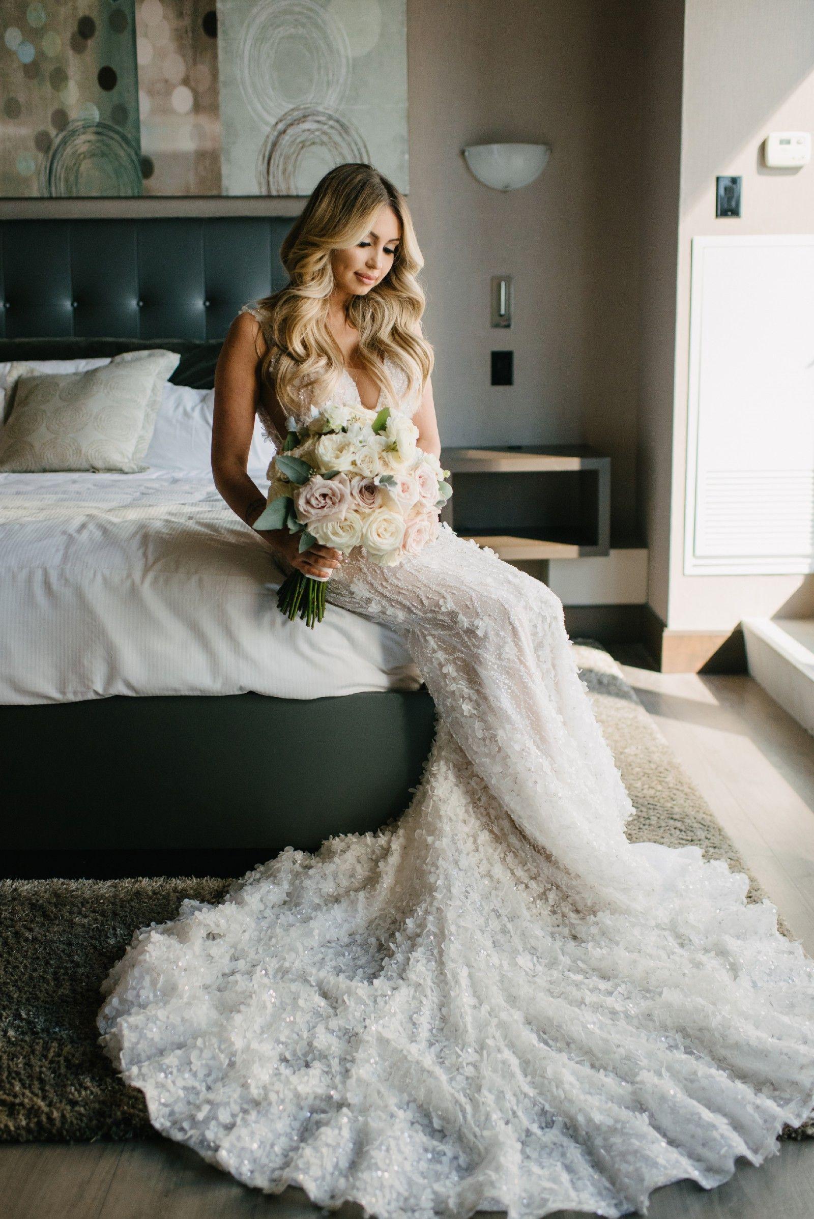 Previously owned wedding dresses  Lee Grebenau Sansa gown Size