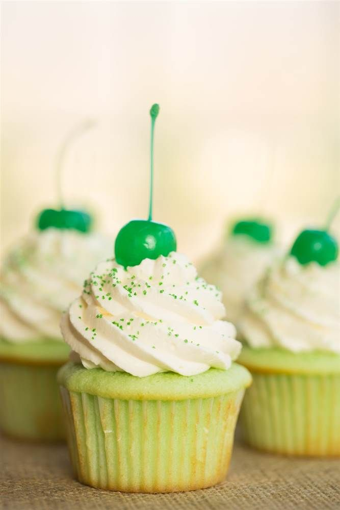 . Shamrock shake cupcakes:The vanilla cupcake base is dressed up with mint extract and tinted with green food coloring. The frosting combines cream cheese and whipped cream for a light and fluffy cloudlike icing that is irresistibly luscious and slightly tangy.
