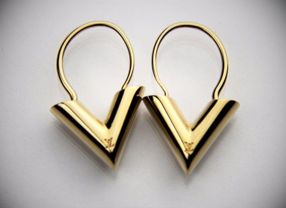 Louis Vuitton Iconoclasts Essential V Letter Dangling Hoop Earrings Set W Box Louisvuitton