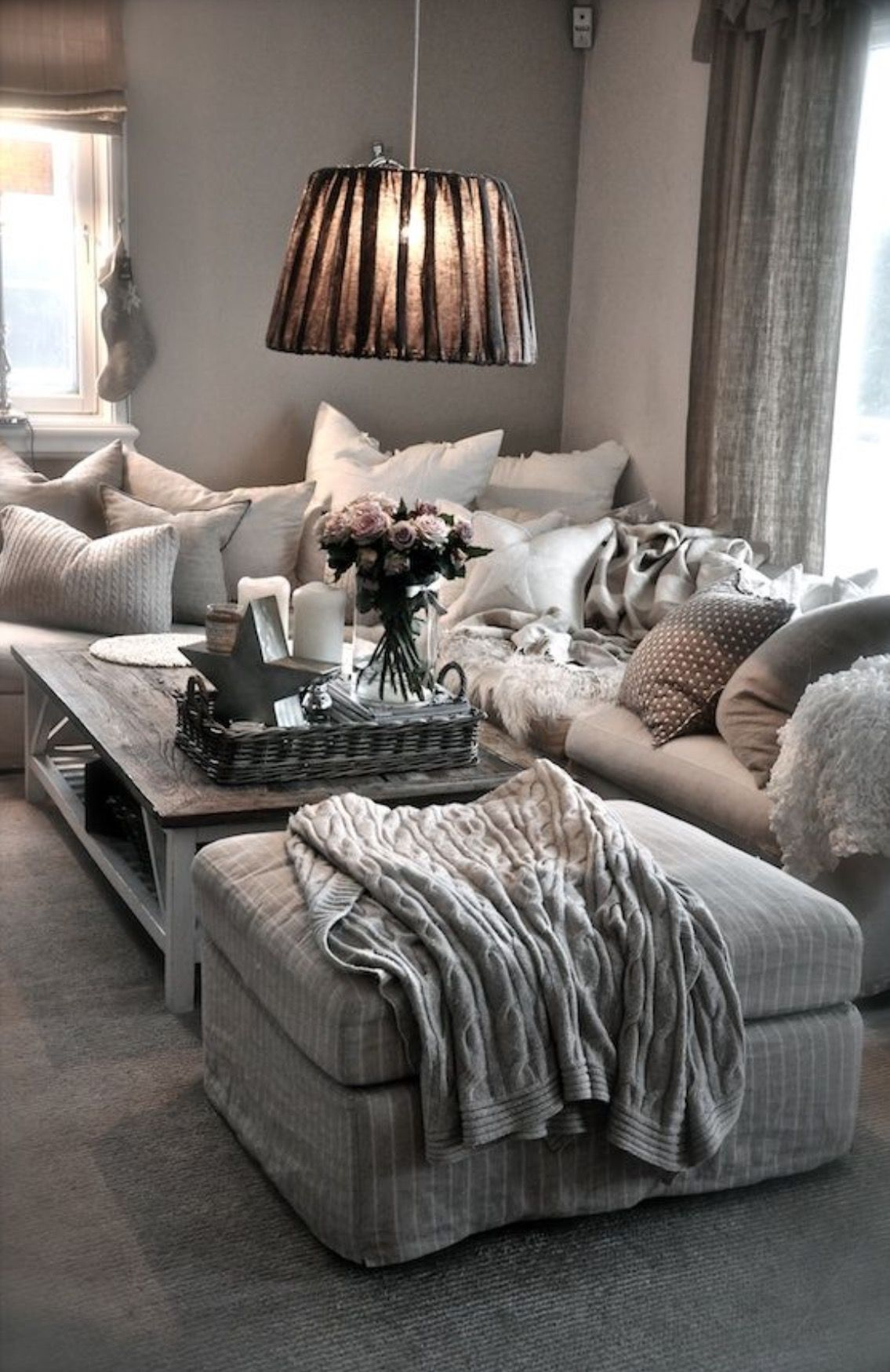 That looks so cozy For the Home Pinterest