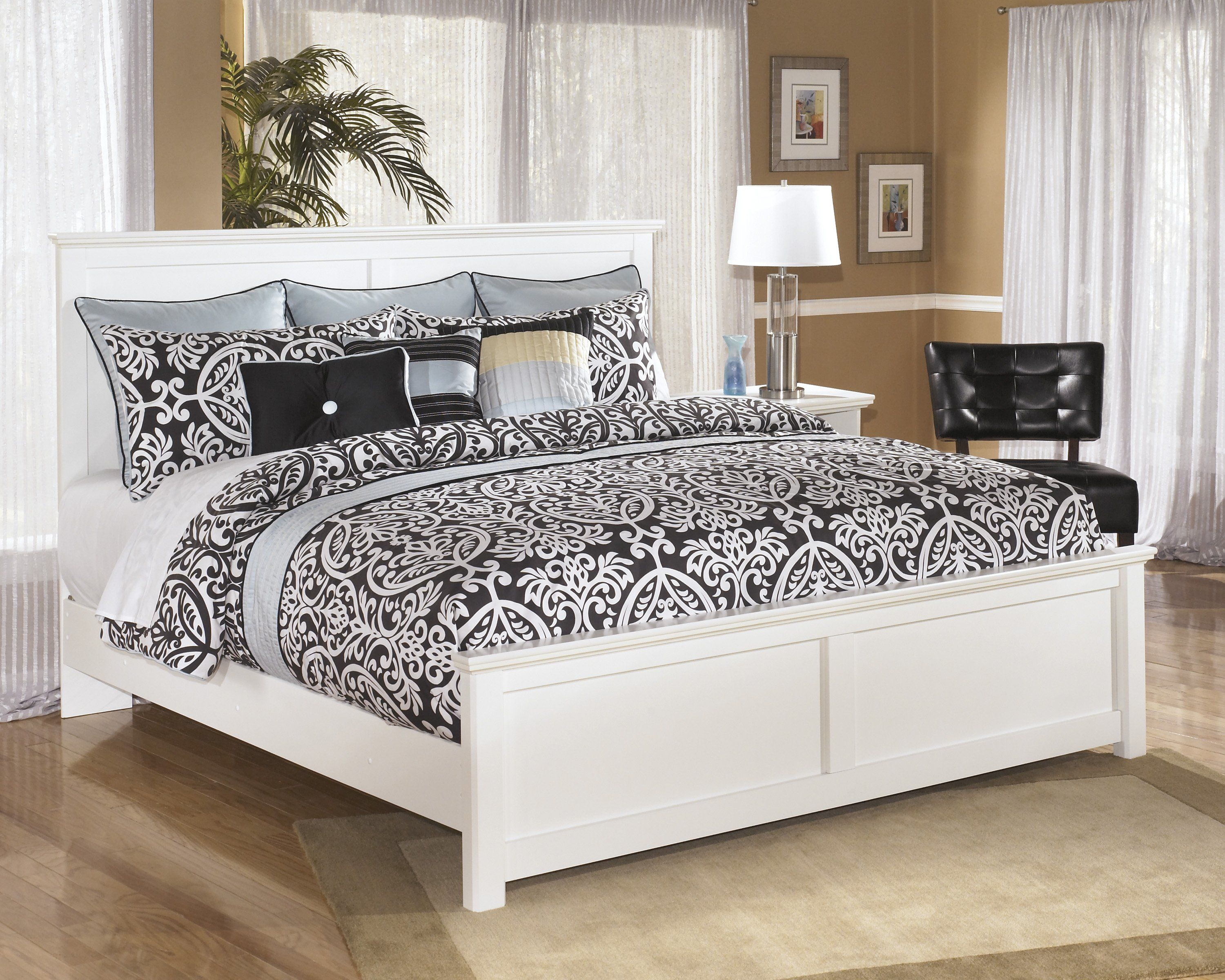 Photo of Bostwick Shoals White King Panel Bed