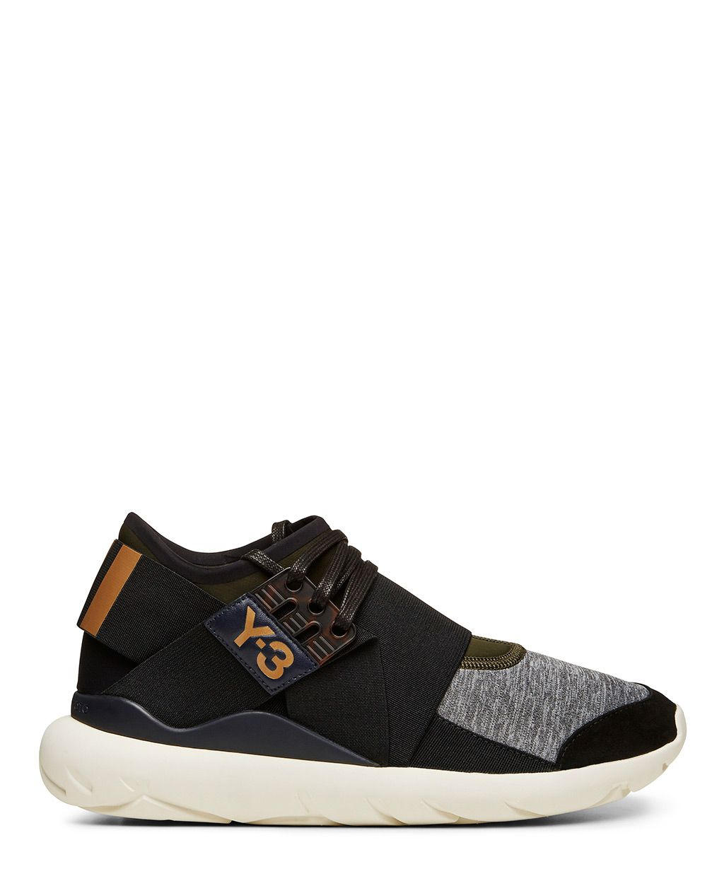 factory authentic 4042f 9789c Shop luxury sneakers and streetwear at Sneakerboy.
