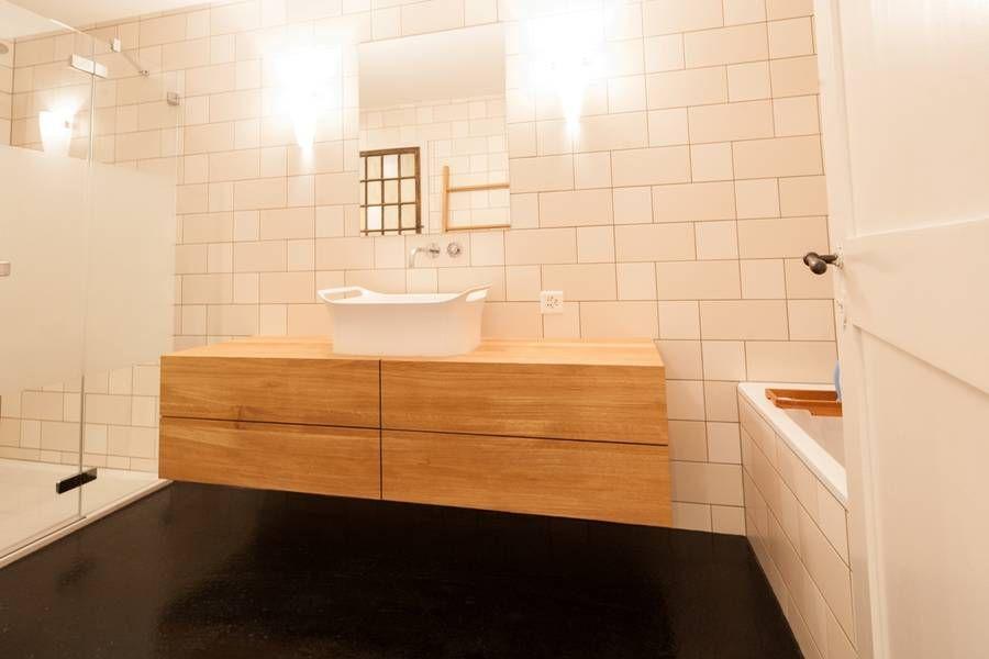 Badmobel Eiche Massiv Mit Speziellem Aufsatzbecken Bathroom