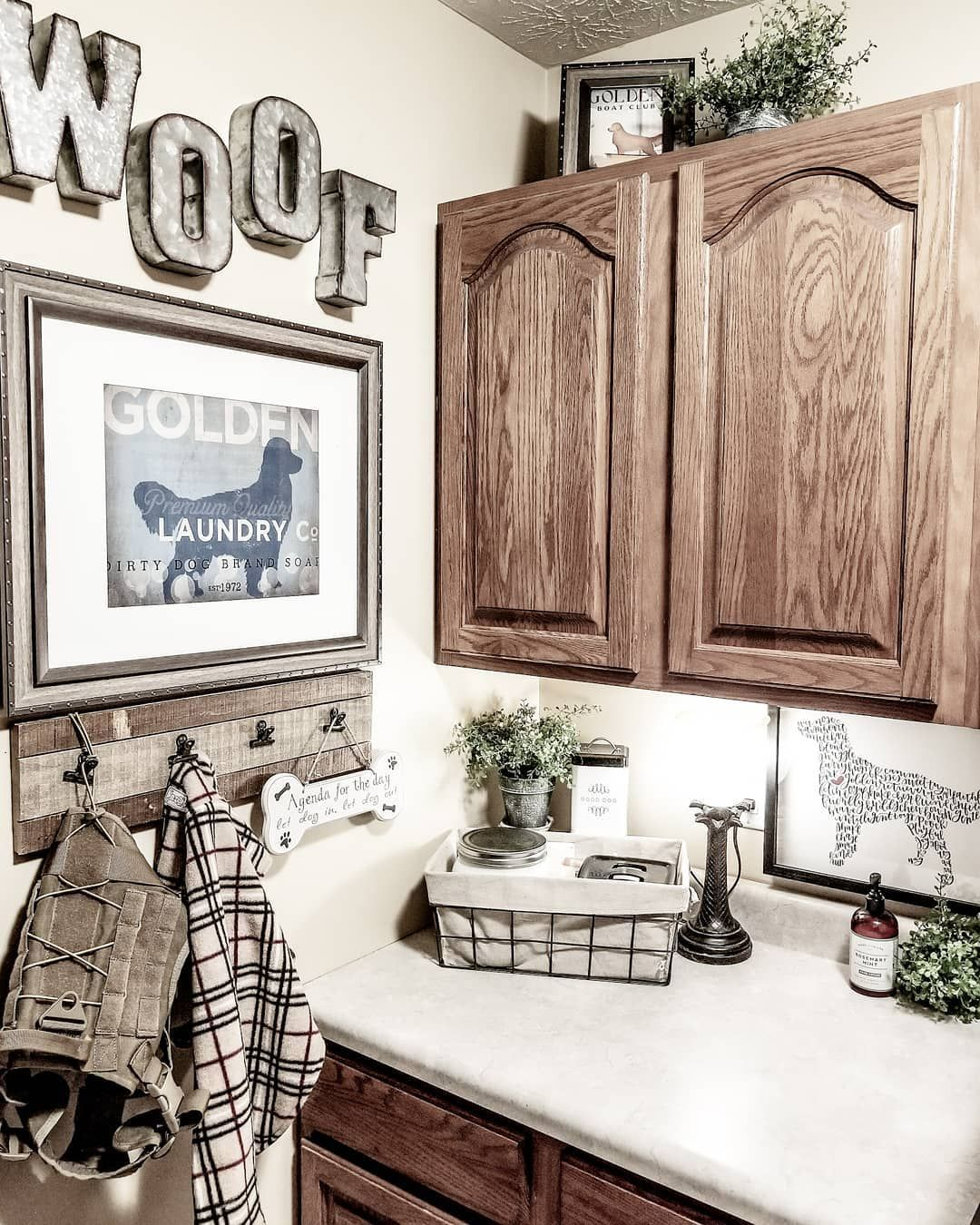 Rustic Farmhouse Dog Room/ Laundry Room. Laura on