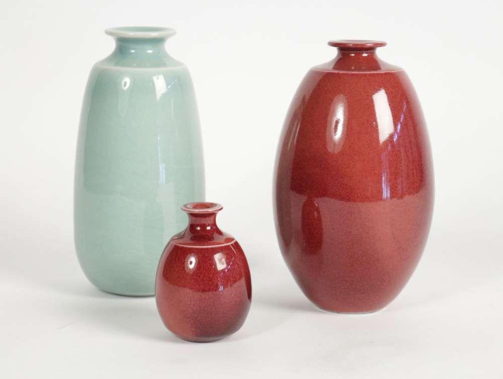 pierre lema tre 3 vases en porcelaine gla ure rouge de cuivre et c ladon c ramique moderne. Black Bedroom Furniture Sets. Home Design Ideas