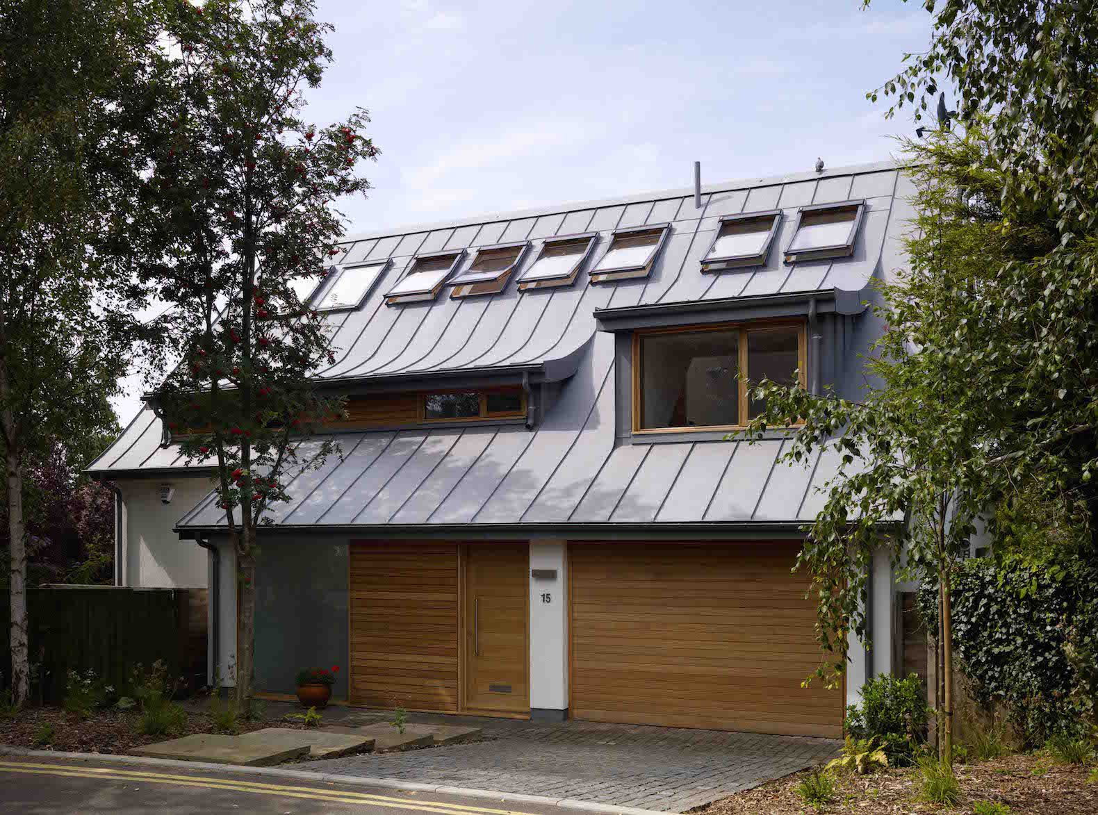 Zero Carbon Home Generates Income By Making More Energy Than It Needs Solar Architecture Sustainable Architecture Architect Design