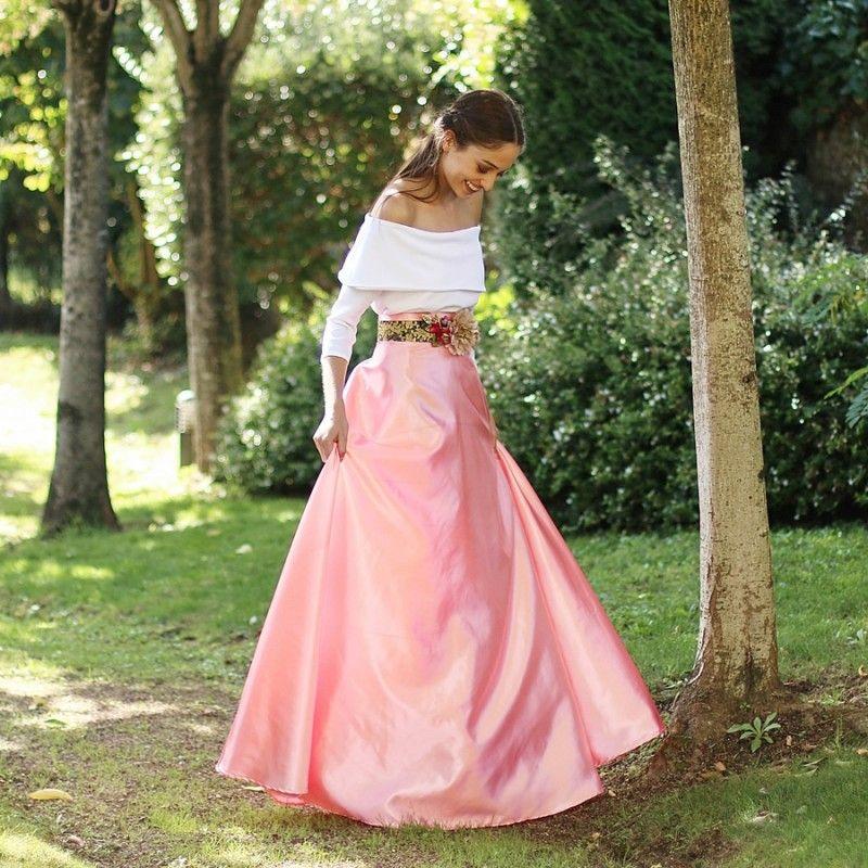 Falda larga rosa hecha a medida en tela de raso para eventos y bodas ... 50f21a9322b9